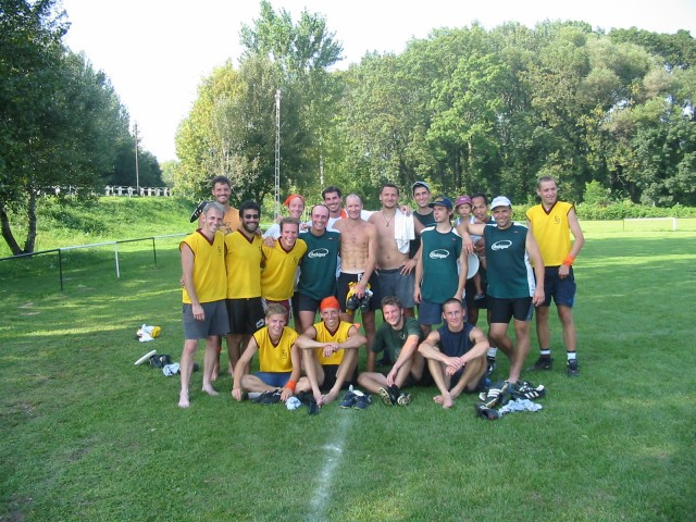Fuj (Yellow jerseys) and thebigEZ in Hungary